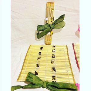 Bamboo makeup / brushes organizer.